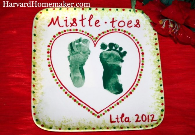 Mistletoes Plate: Perfect for Baby\'s First Christmas! - Harvard ...